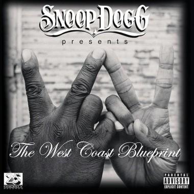 Snoopr Dogg presesnts